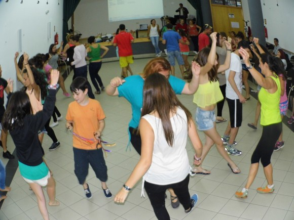 Aprendiendo bailes tipicos